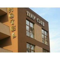 TINY CLUB HOTEL BUCURESTI